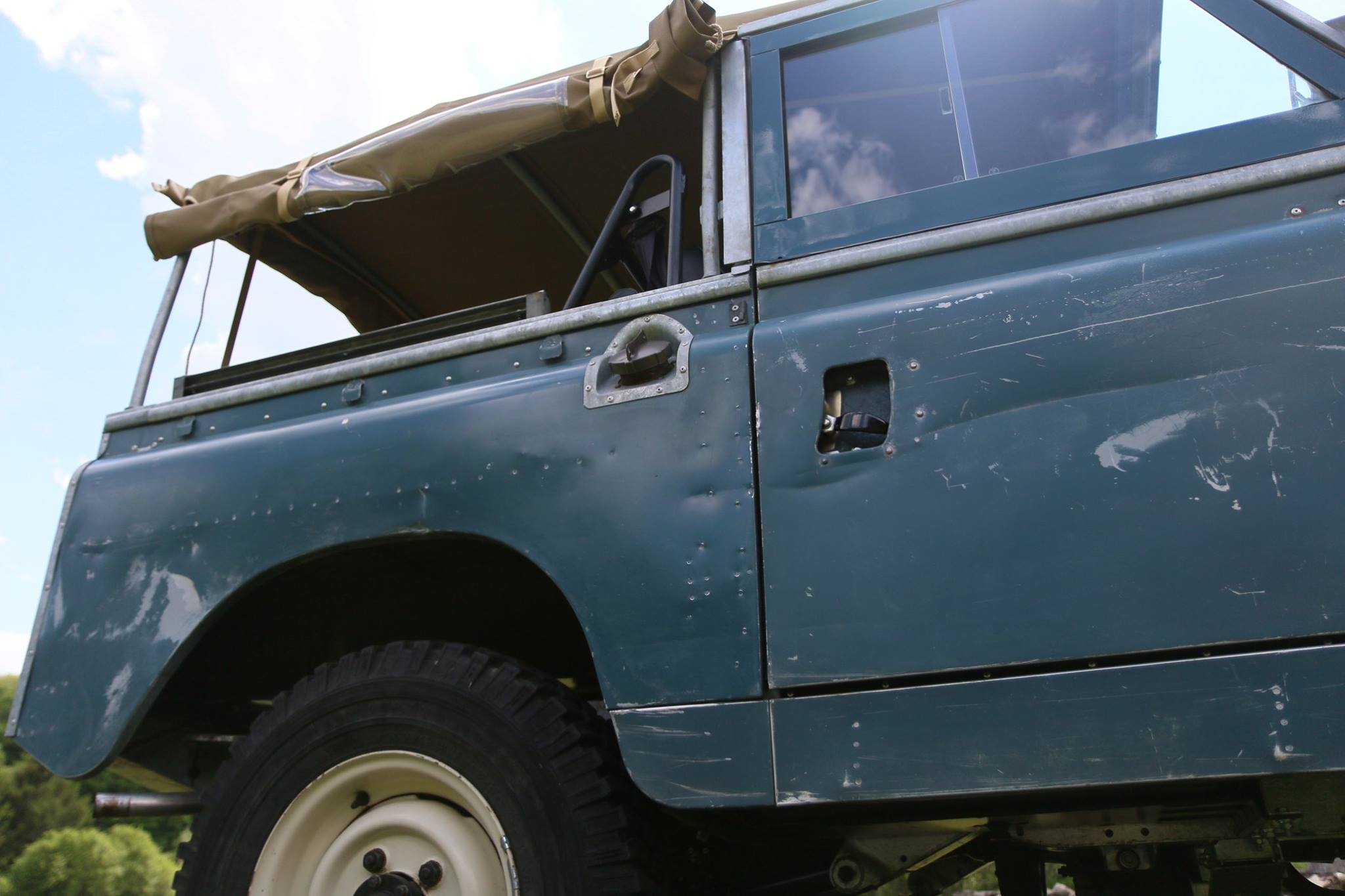 Side profile showing off authentic patina on 62 Land Rover