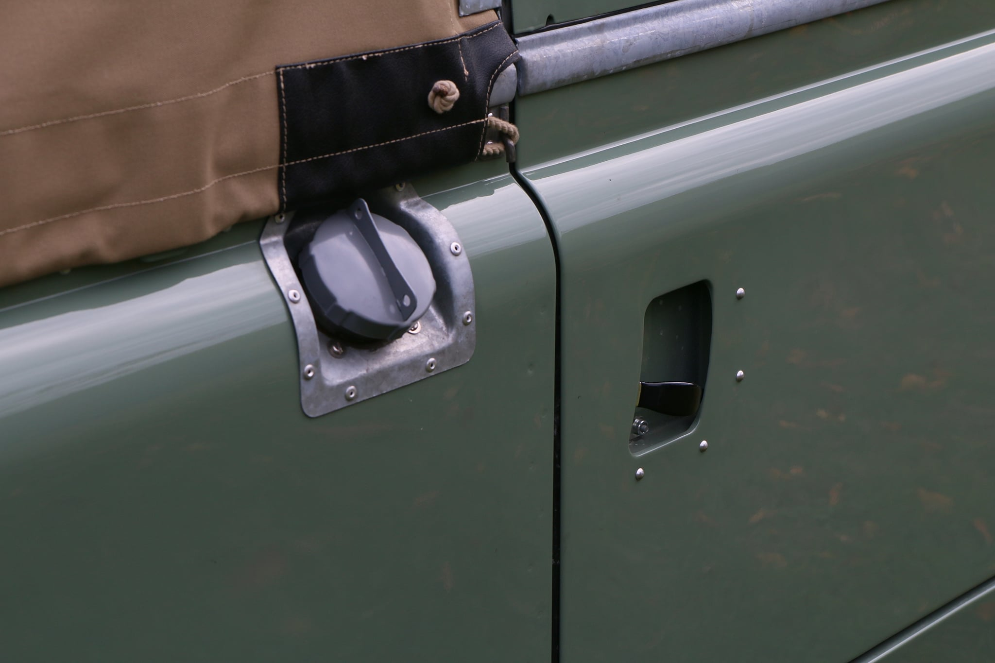 1965 Land Rover Series IIA Pastel Green Photo 10