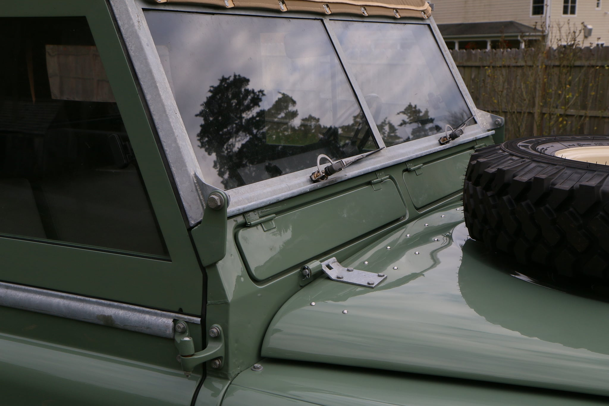 1965 Land Rover Series IIA Pastel Green Photo 14