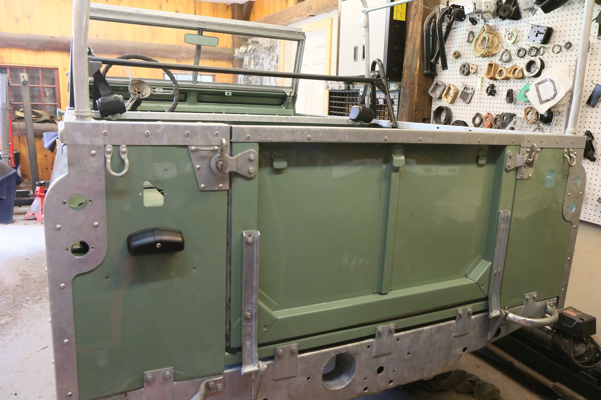 1965 Land Rover Series IIA Pastel Green Photo 38