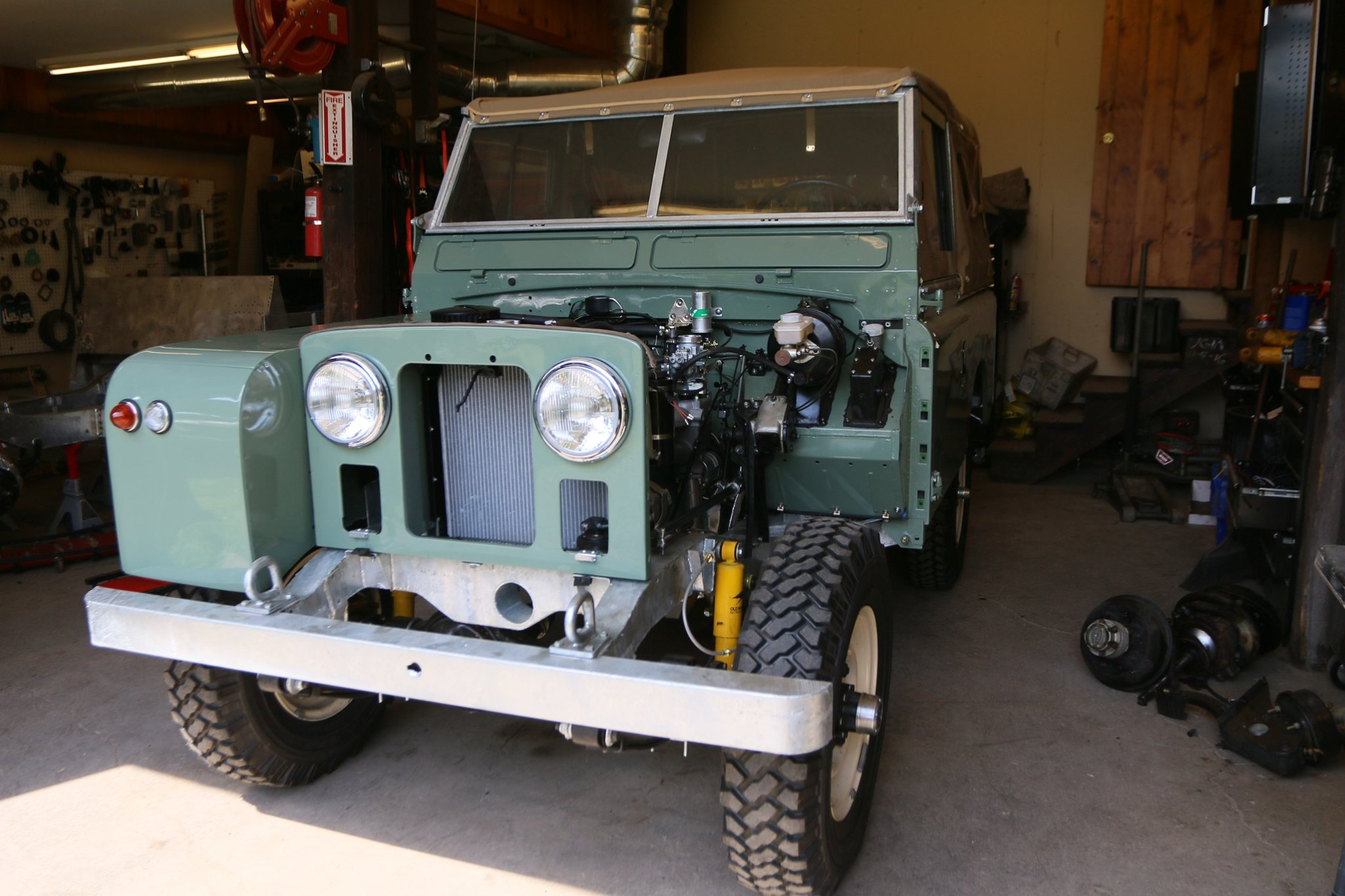 1965 Land Rover Series IIA Pastel Green Photo 39