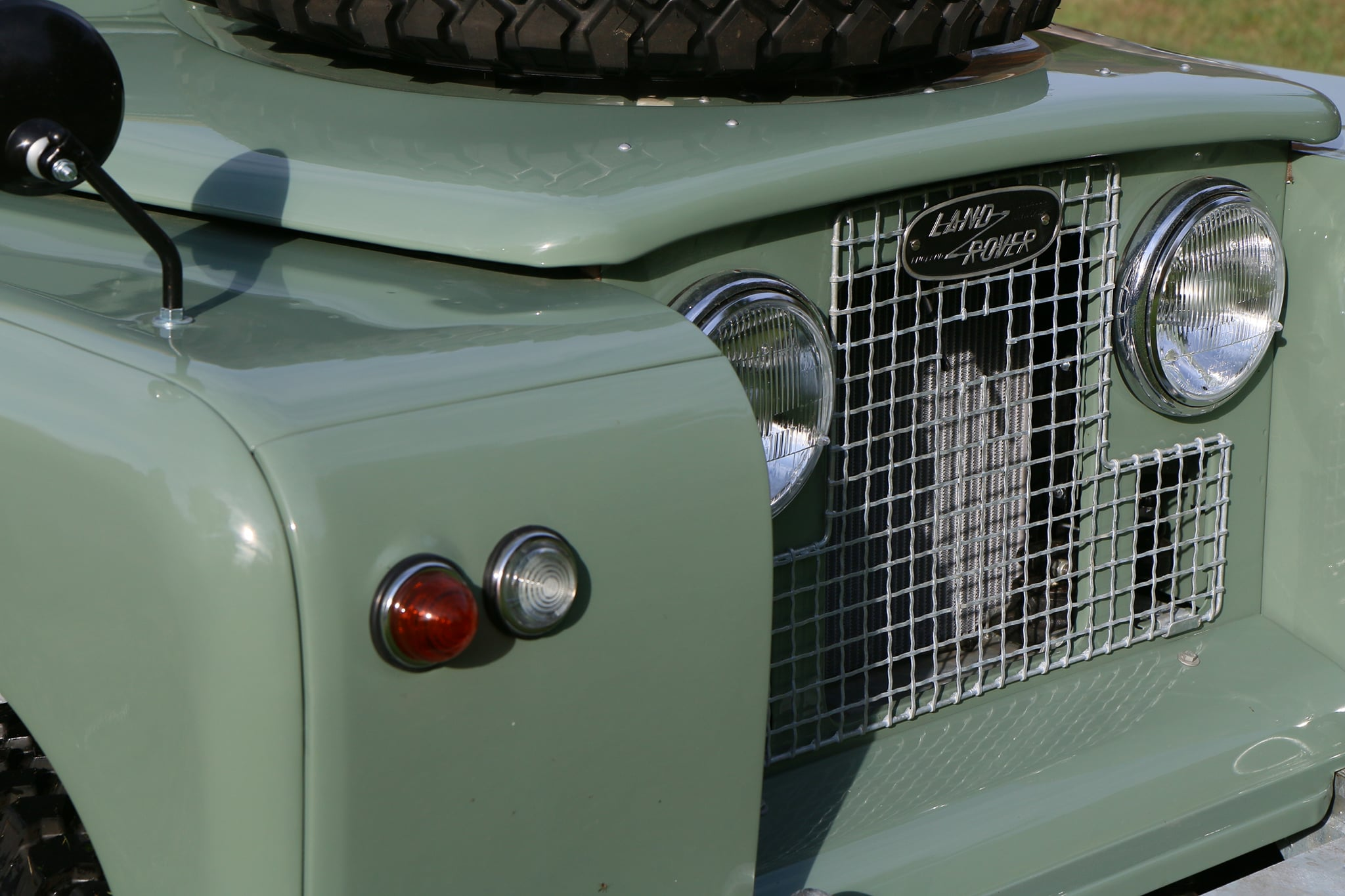 1965 Land Rover Series IIA Pastel Green Photo 6