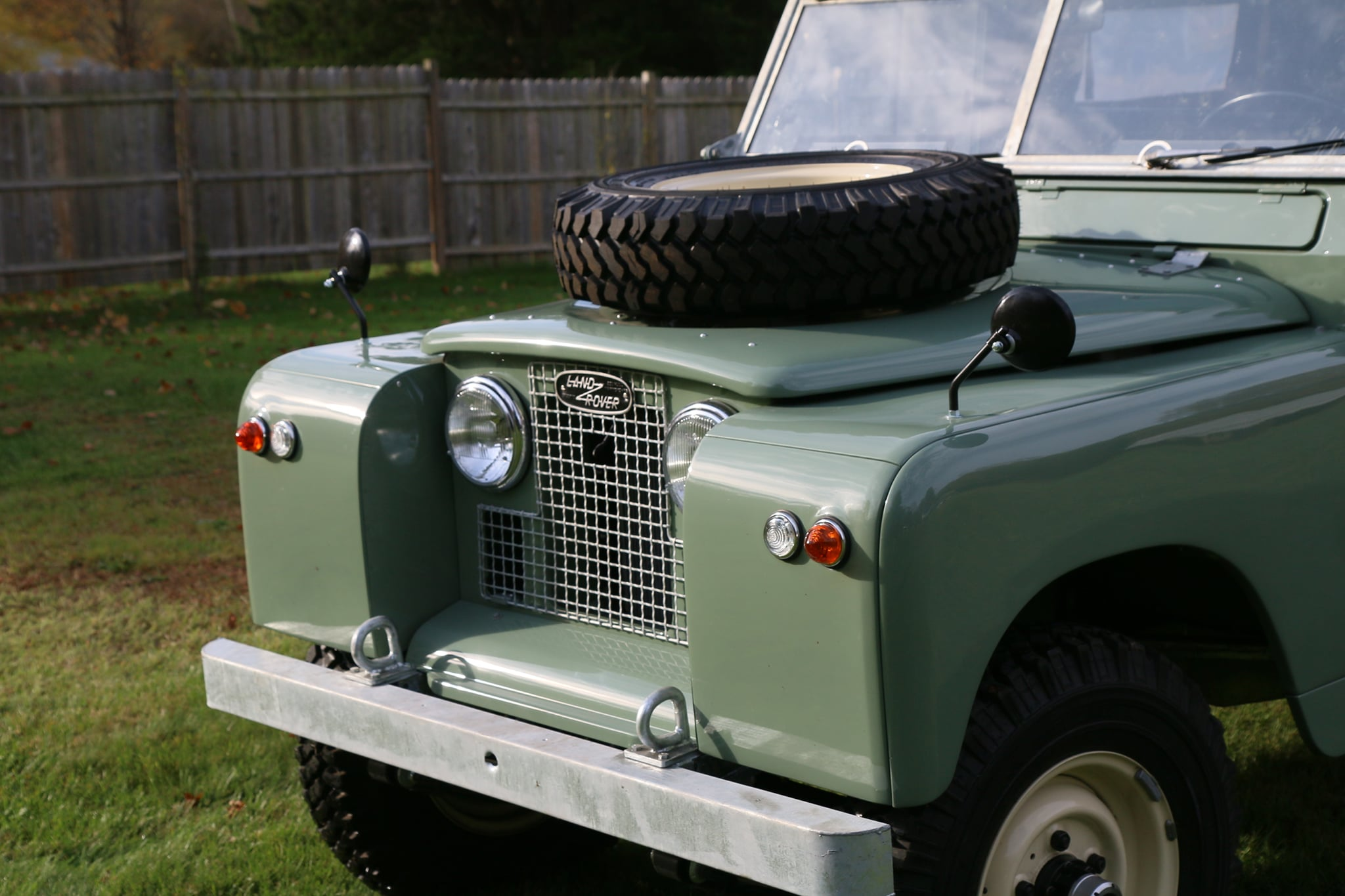 1965 Land Rover Series IIA Pastel Green Photo 7