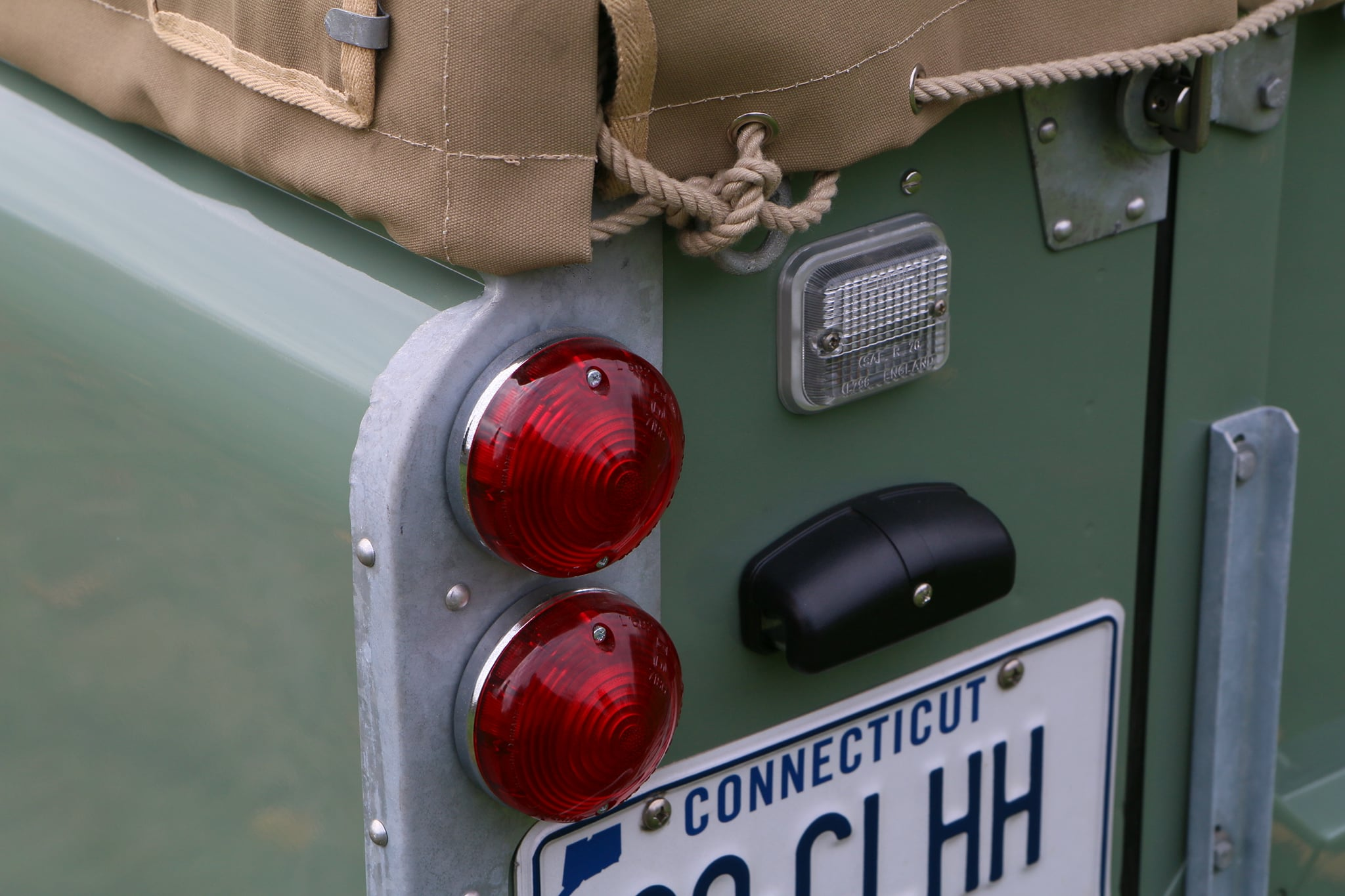 1965 Land Rover Series IIA Pastel Green Photo 9