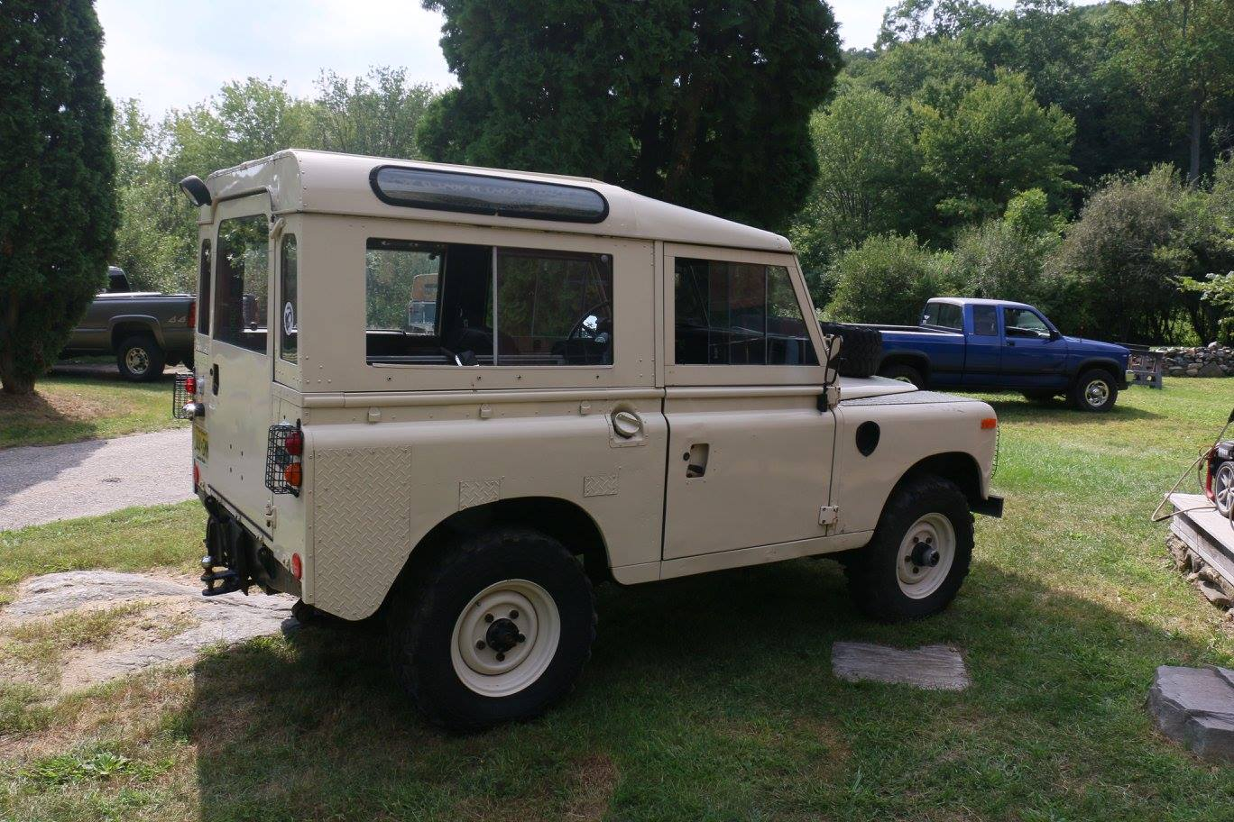 The 1973 Land Rover Series III Marine Blue as it arrived.