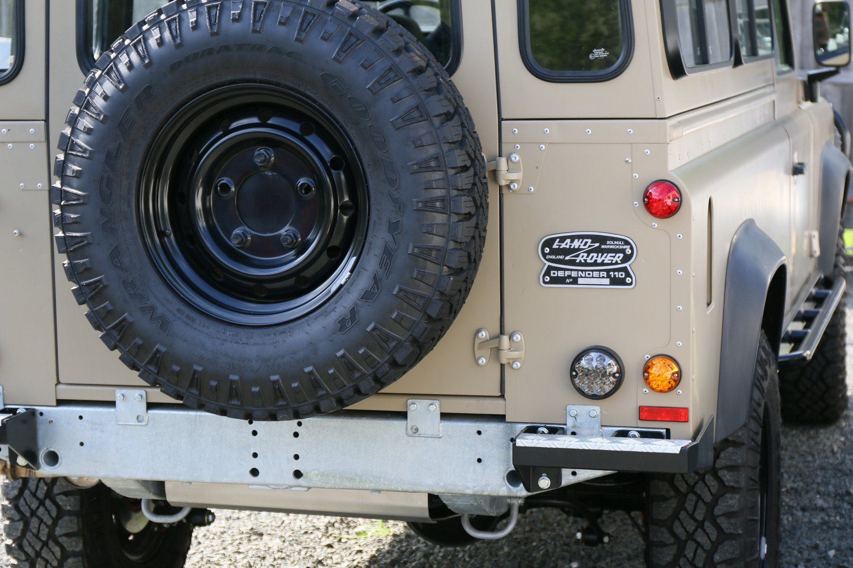 1985 Land Rover 110 - NAO Expedition Paint - North America
