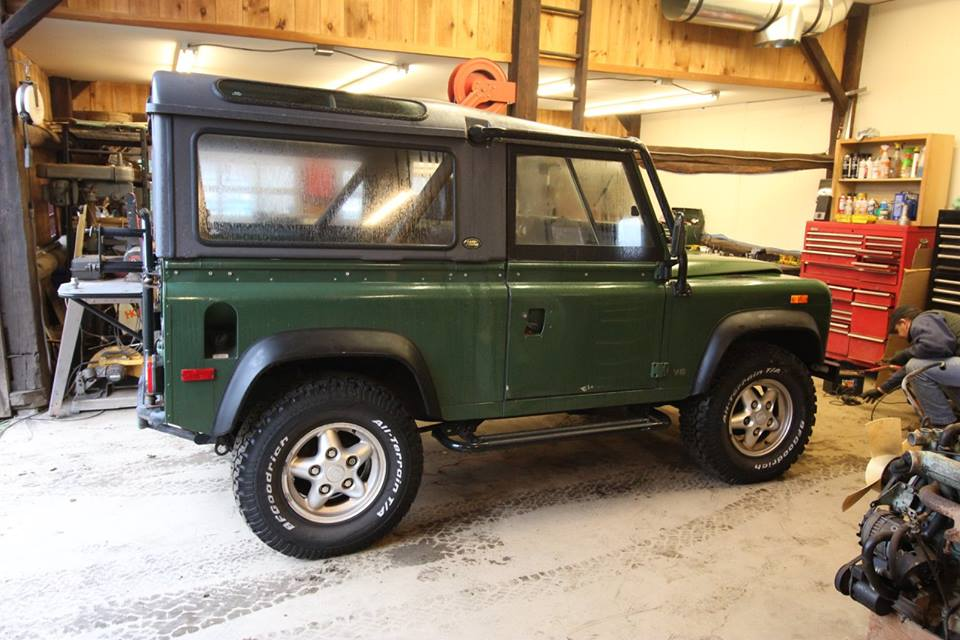 The 1994 Land Rover D90 as it arrived in the shop.
