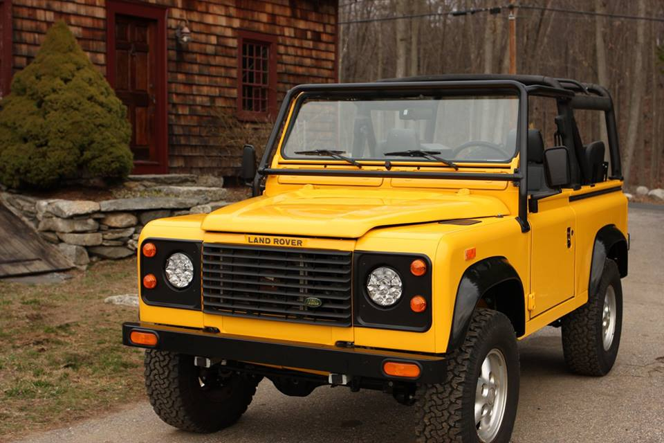 The finished 1994 Land Rover Defender 90.