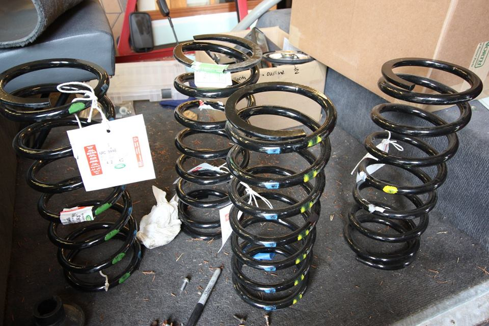 New genuine Land Rover springs are installed.