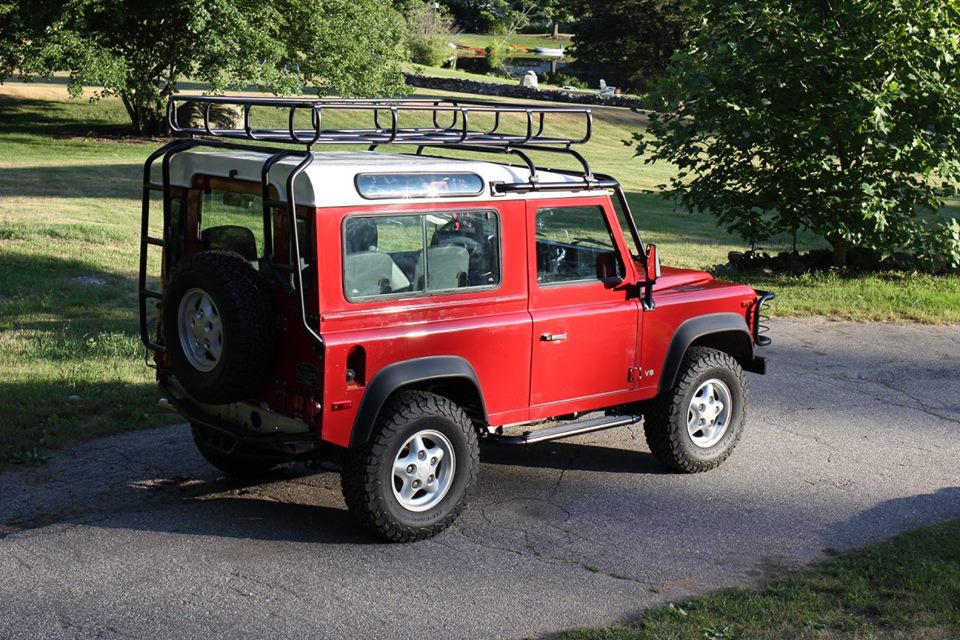 The roof rack and rear ladder are also sand blasted and powder coated.